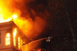 ڈھاکہ میں آگ لگنے سے 10 ہزار سے زائد افراد بے گھرہوگئے