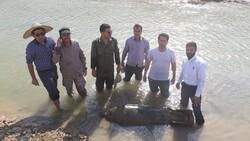 اكتشاف قنبلة من بقايا الحرب المفروضة على إيران /صور