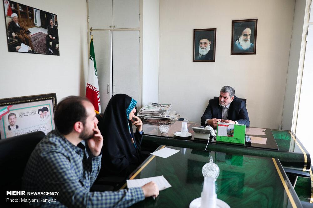 اصلاح طلب مشهور: هرچه میکشیم از دولت روحانی است