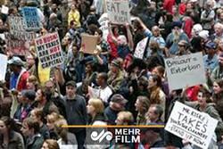 VIDEO: Far-right rally, Antifa face off in Portland