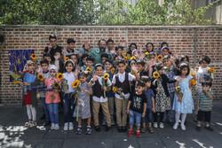جشن تقدیر از فرزندان دانش آموز کارکنان خبرگزاری مهر و روزنامه تهران تایمز