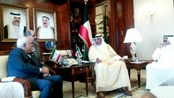 Zarif in Kuwait