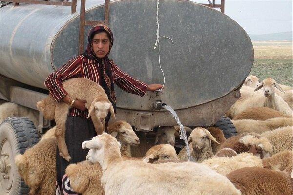 روزانه ۱۰۰ هزار لیتر به عشایر خراسان شمالی آبرسانی میشود