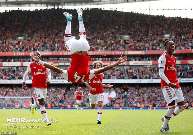 Arsenal-Burnley maçından kareler