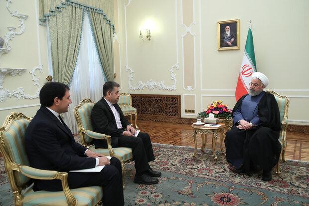 سفيرا ايران الجديدين في ساحل العاج وأوزبكستان يلتقيان بروحاني قبل مباشرة مهامهما