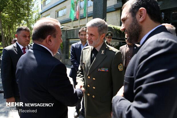 دیدار امیر سرتیپ حاتمی وزیر دفاع جمهوری اسلامی ایران با یاسین طاهر الیاسری وزیر کشور عراق