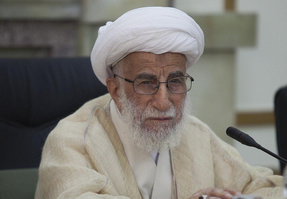 دولتهای اسلامی با بسیج امکانات، رژیم صهیونیستی را از قلب دنیای اسلام محو کنند