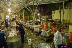 شیراز میں عید غدیر کی مناسبت سے 14 ہزار نذری غذاؤں کی تقسیم
