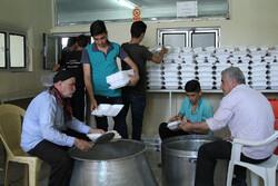 طبخ  ۱۱۰ دیگ غذای نذری به مناسبت عید غدیر در اراک