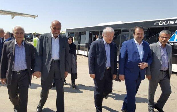 وزیر بهداشت وارد شیراز شد