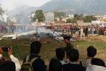 بھارت میں ہیلی کاپٹر گر کر تباہ/ 3 افراد ہلاک