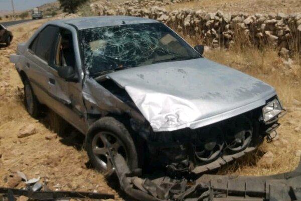 مصدومیت پنج نفر در حادثه برخورد پژو ۴۰۵ با تیر برق در شهر یاسوج