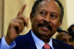 «عبدالله حمدوک» در سمت نخست وزیر جدید سودان سوگند یاد کرد