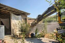 اجرای حکم تخریب ساخت و سازهای غیرمجاز در روستاهای گرگان