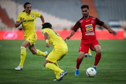 بازیکنان استقلال و پرسپولیس به خاطر انتقاد از توپ توبیخ شدند!