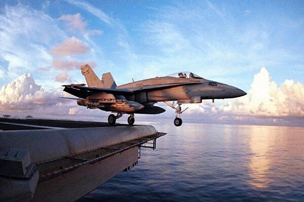 OOps! Landing accident on US aircraft carrier damages 4 super hornet jets