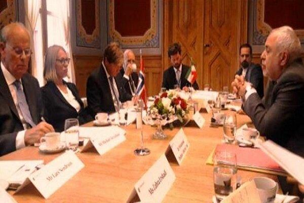 Zarif, chairman of Norwegian Standing Committee meet in Oslo