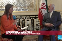 VIDEO: Zarif says 'Iranians never negotiate under duress'