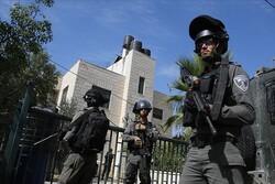 İsrail güçleri gece baskınlarında 13 Filistinliyi gözaltına aldı