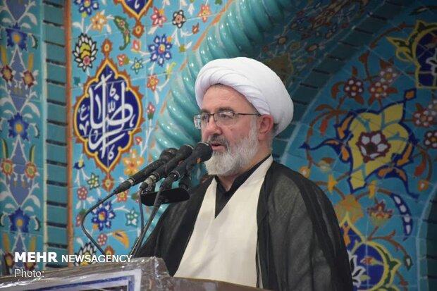 دشمنان درصدد کمرنگ کردن اربعین/ حضور میلیونی مردم در اربعین حسینی