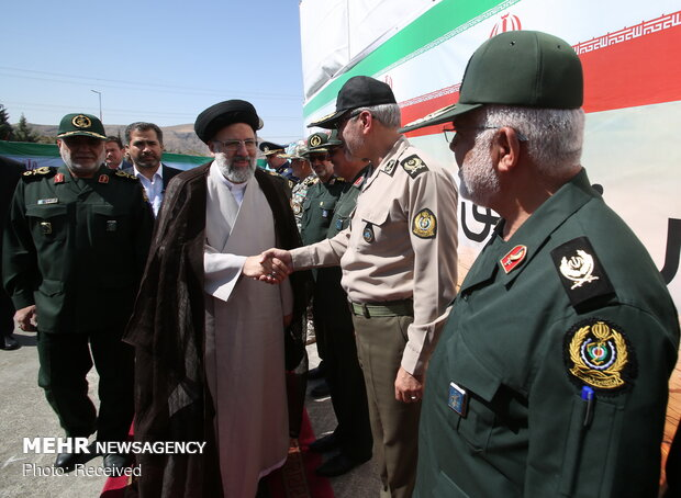 Judiciary chief visits Bavar 373 missile system in defense expo