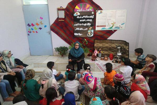 ۳۵ نفر به مرحله استانی جشنواره قصهگویی لرستان راه یافتند