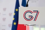 Zarif arrives in Biarritz during G7 summit: FM spox Mousavi