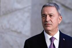 وزیر دفاع ترکیه با همتای آمریکایی خود درباره سوریه گفتگو کرد