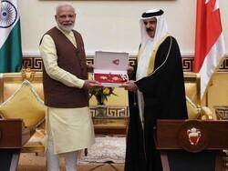 بحرین نے بھی وزیر اعظم مودی کو بہترین اعزاز اور ایوارڈ عطا کردیا