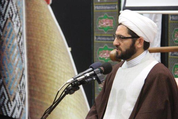 فرهنگ ناب قرآنی ترویج یابد/مشکلات جامعه به خاطر دوری از قرآن است