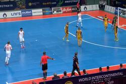 باخت تیم فوتسال مس مقابل مگنوس برزیل در نیمه نخست
