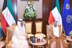 امیر کویت، ولیعهد و رئیس مجلس این کشور را به حضور پذیرفت