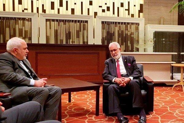 Zarif meets with Japanese, Libyan FMs in Yokohama