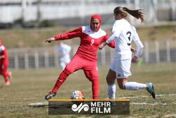 صحبتهای زهرا قنبری درباره تبعیض بین مردان و زنان در فوتبال ایران