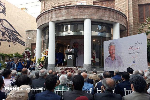 کیخسرو خروش نماد فرهیختگی ایران است/ افشای راز کلام عاشقانه استاد