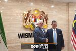 ظریف کی ملائشیا کے وزیر خارجہ سے ملاقات