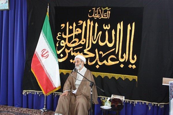 روحانیون با نقد حمایتی دستاوردهای انقلاب اسلامی را تبیین کنند