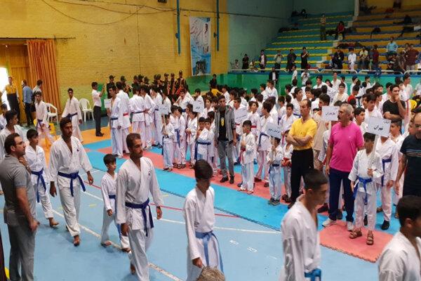 مسابقات کاراته قهرمانی کشور در قزوین آغاز شد