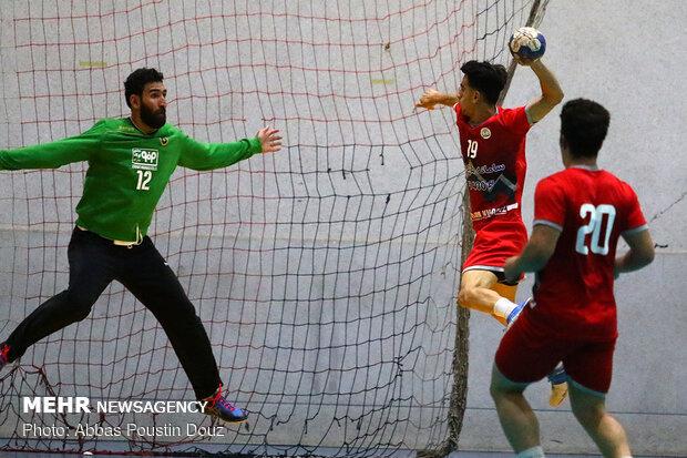 دیدار تیم های هندبال فولاد مبارکه سپاهان با فراز بام خائیز
