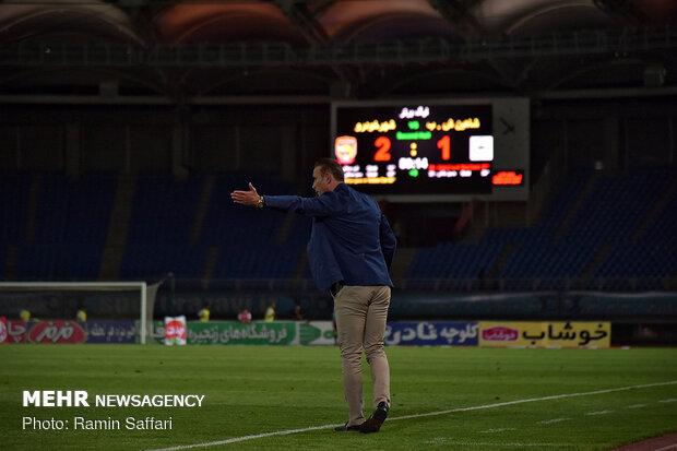 دیدار تیم های فوتبال پدیده و شهرداری بوشهر
