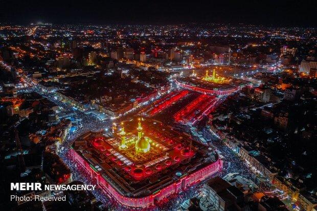 Hoisting black flag at holy shrine of Imam Hossein