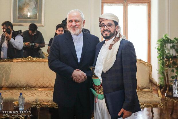 New Yemeni envoy submits credentials to Zarif