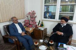 معاون سیاسی امنیتی استانداری لرستان با «آیتالله میرعمادی» دیدار کرد