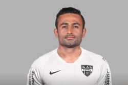 تصویری از امید ابراهیمی در لباس تیم یوپن بلژیک