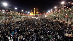 File photo shows thousands of Shia pilgrims, reuniting in the holy city of Karbala to commemorate Arbaeen, the end of a 40-day mourning period after the martyrdom of Imam Hussein (AS).