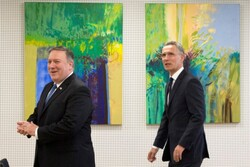 گفتگوی وزیر خارجه آمریکا ودبیرکل ناتو پیرامون توافق صلح افغانستان