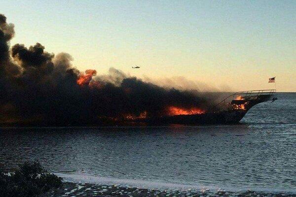کیلیفورنیا کے ساحل پر ایک کشتی میں آگ لگنے سے 25 افراد ہلاک