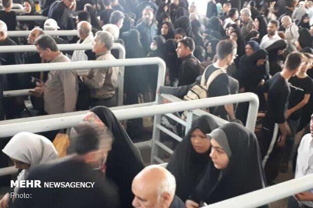 تردد ۲۰ هزار نفر از مرز مهران به عتبات عالیات طی ۲۴ ساعت گذشته