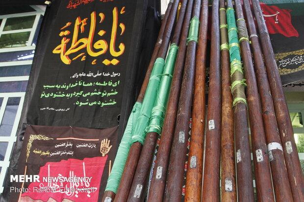 """تقاليد محرم.. """"غسل الرايات"""" في بندر عباس"""