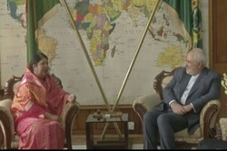 Zarif meets with Bangladeshi parliament speaker in Dhaka